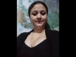 Pakistani Mom